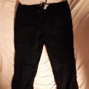 Torrid black capri pants